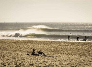 Line-up with sandy beach