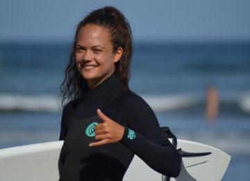 Surfer makes the Shaka greeting