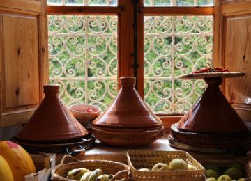 Traditionelles Essen in Marokko in der Tagine