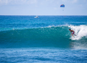 Hawaii Oahu Surfer an North Shore