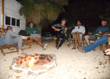Campfire in the Surfcamp