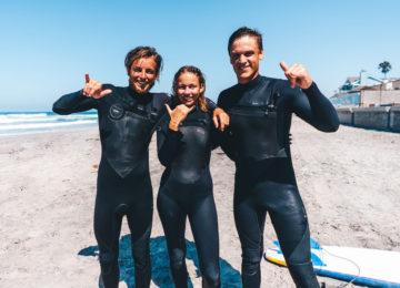 Surfer während Surfguiding