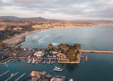 Hafen mit Surfspot