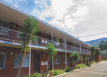 Exterior view of the Surfcamp accommodation