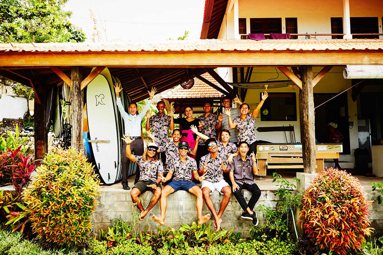 Surfcamp Team in front of the Camphaus