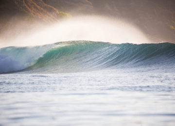 Dream wave in Bali in perfect light