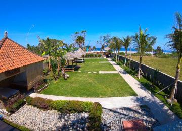 View of the garden in Medewi