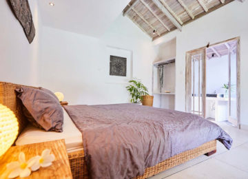 Bali Deluxe Double Room at Bukit Surfcamp