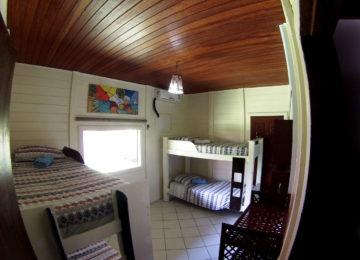 Mehrbettzimmer im Salvador Bahia Surfcamp