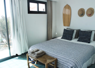 Bedroom with double bed for two people