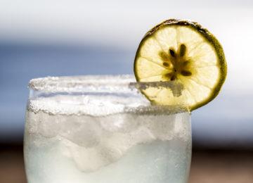 Cocktail im Nemberala Beach Resort
