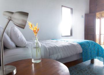 Schlafzimmer im Mahi Mahi Eco Surf Resort