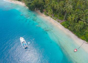 Island Hopping mit dem Boot