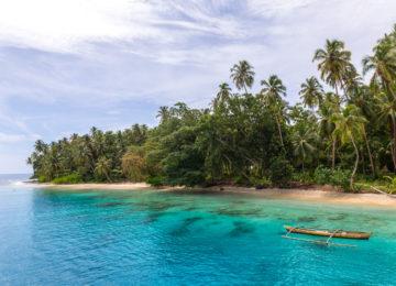Einsamer Strand in Sumatra