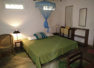 Double bed with mosquito net Sri Lanka