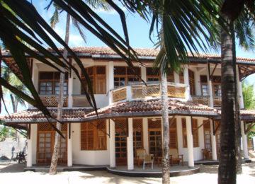 Villa accommodation at Surf Resort in Arugam Bay