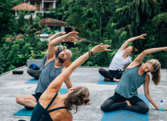 Rooftop Yoga Lektion in Sri Lanka