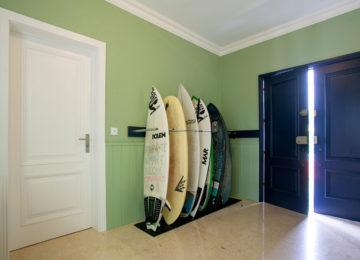 Surf Rack im Azoren Surf House
