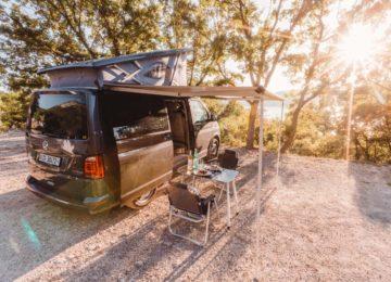 Surf Van Traveller mit komplettem Set Up