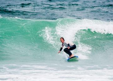 Intermediate surfer Ericeira